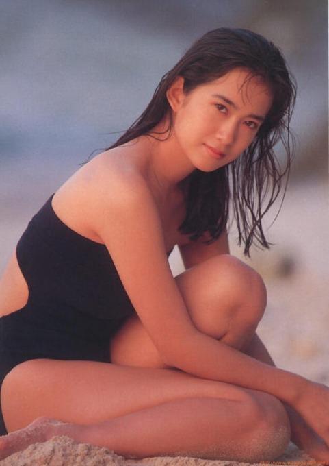 和久井 映見 10代20代の頃の 和久井 映見 水着ビキニ画像「43枚」