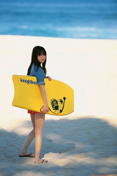 逢沢りな(19) ハワイでの水着ビキニ画像グラビア「59枚」