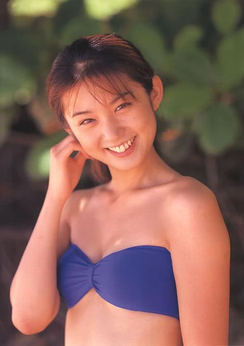 「やべっちFC」初代アシスタント 中森 友香水着ビキニ画像「97枚」
