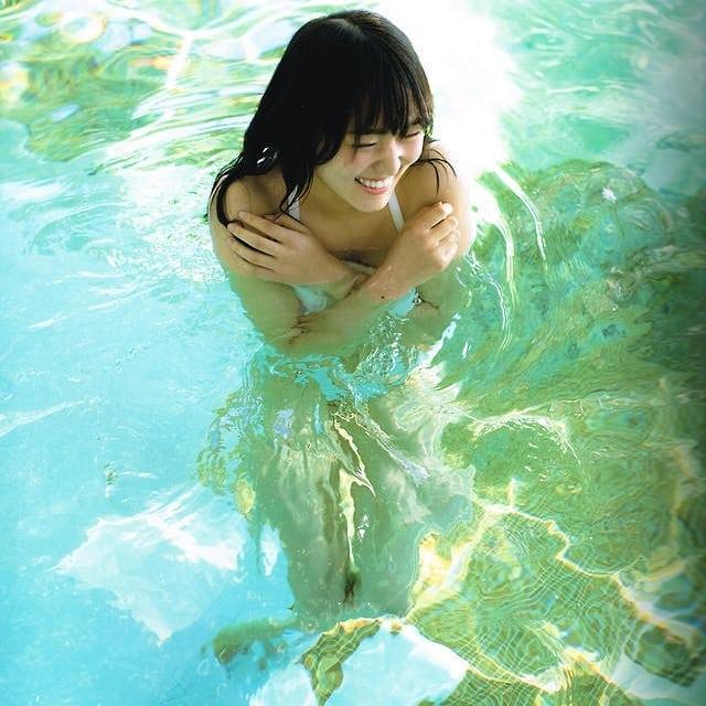 満面の笑顔の菅井友香