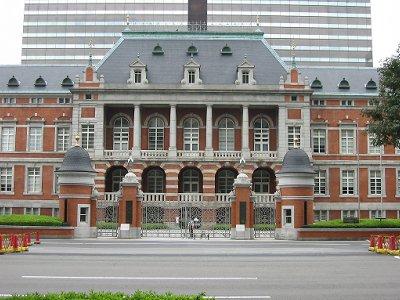 画像あり】明治・大正の建物はカッコイイのに、昭和に入ると途端