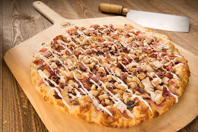 ピザが食べたいです。安くてたくさん食べられるお店教えてください。