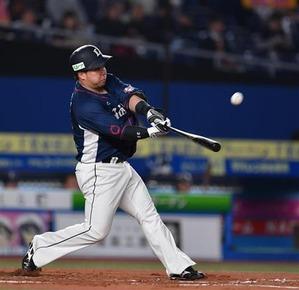 山川穂高さん、なんだかんだ2年連続両リーグ最速二桁本塁打到達