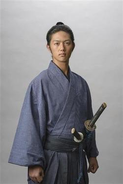 八重の桜 弟役