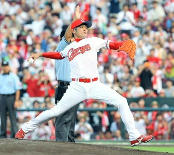 吉川晃司 始球式