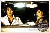 車の中の二人