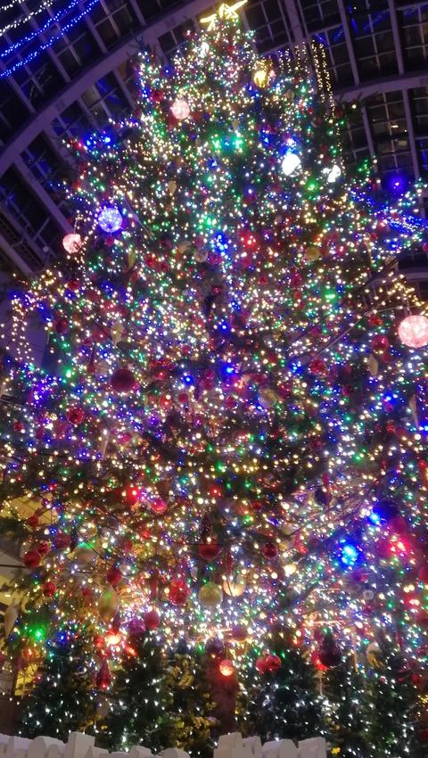 クリスマスイブのイブはイブニングのイブ
