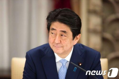 韓国人「ヘル日本はヘル朝鮮より地獄だな」「自民党1党独裁国家=スターリン主義=中国」 安倍の支持率「韓半島の危機說」に上昇…60%台に回復