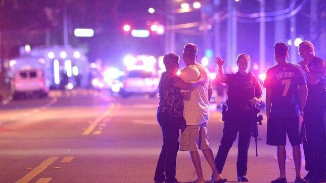 フロリダ州で50人が死亡する銃乱射テロ事件が発生。同性愛者を狙った犯行か【海外の反応】