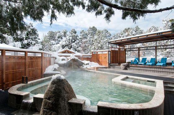 「日本だと思ったらアメリカだった」アメリカにある日本式温泉施設『テンサウザンドウェイブス』に対する海外の反応