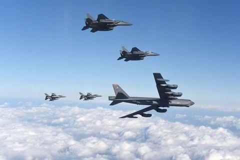 【韓国の反応】韓国人「米国がもうすぐ北朝鮮を空爆する可能性が高い。そのとき日本は・・・」