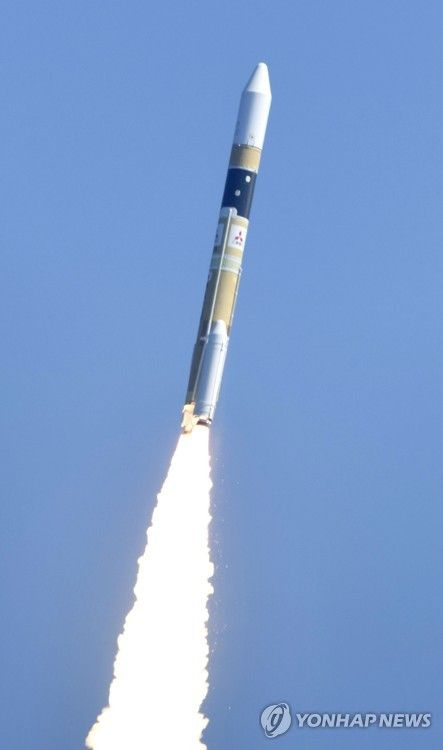 【韓国の反応】日本、政府の情報収集衛星「レーダー5号機」を載せたH2Aロケット33号機、打ち上げ成功!→韓国人「・・・・・」