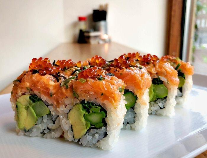 キムチサーモンの巻き寿司(海外の反応)