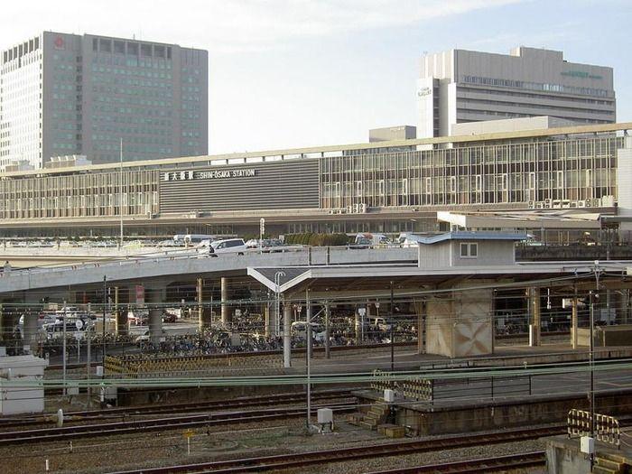 新大阪駅で外国人客から新幹線代詐取した社員をJRが解雇(海外の反応)