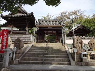なかなか古いお寺