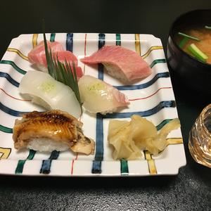 末廣鮨でひとり10,000円の昼食♪