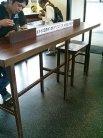 えきそば テーブル席