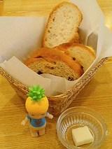 食べ放題のパン!