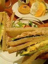 ハミングバード2008 ライ麦パンのサンドイッチ(900円)