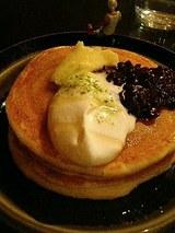 SOUP&CAFE cherry ホットケーキあんバター(450円)