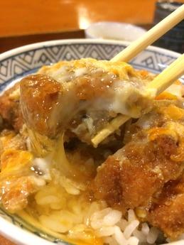 東庵 卵とじカツ丼 (2)