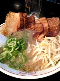 だるま 炙りトロ肉チャーシュー麺 1000円