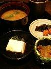 特製手作り豆腐、小鉢、お味噌汁、お漬物