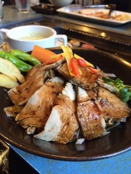 ビーフヤヒロ丼 (3)