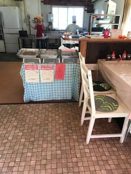 京町クロケットカレー (2)