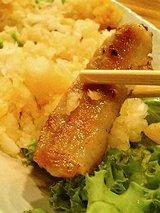 六三 トントロのおろしポン酢(650円)