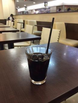 hollys cafe (2)