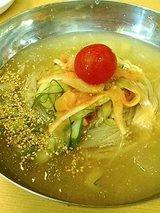 玉一 冷麺(900円)