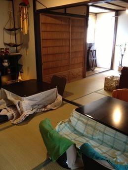 段カフェ 店内