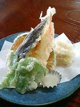 出石城 季節の天ぷら(700円)