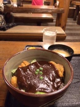 野村 ロースカツ丼 800円