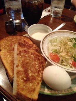 神戸館 アーモンドトースト