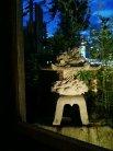 中庭の灯篭