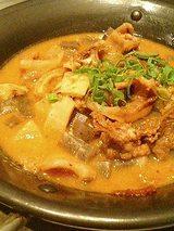 すじコンの土手鍋焼き(450円)
