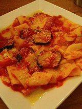 e'Acca (アッカ) トマトソースのパッパルデッレ(1300円)