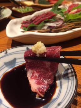 魚鮮水産 馬刺し (2)