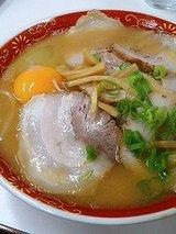 中華そば 肉玉子入(小)680円