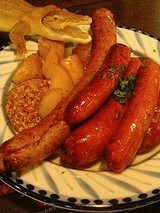 ソーセージの薪窯焼き(900円)