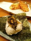 うどん亭 瀬戸香 麦飯おにぎり高菜(200円)ちくわ天ぷら(120円)