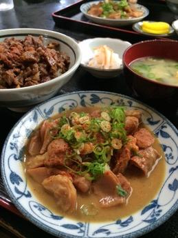 かつみ食堂のホルモン煮込み (3)