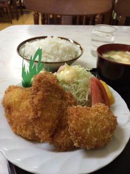 きやす食堂 魚フライ定食+クリームコロッケ 770円