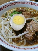 台湾料理ぎょうざ苑 角煮ラーメン(550円)