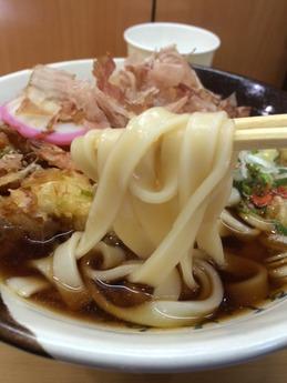 グル麺 駅きしめん (2)