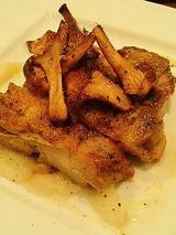 アルベロ 森林鶏のパリパリ焼1200円