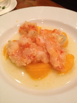ヌアージ 海老のオレンジソース煮