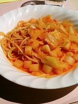 カプリッチョ 小柱と大根のトマトソーススパゲティ